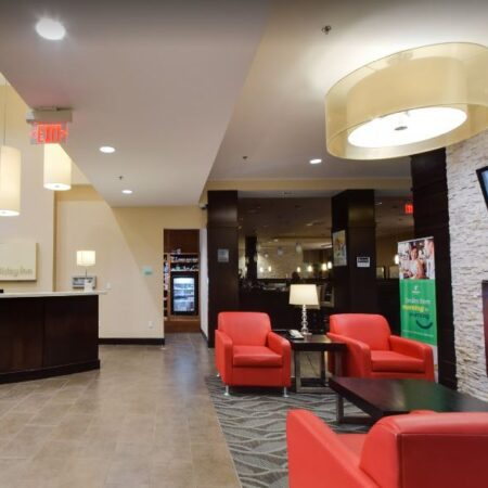 Holiday Inn & Suites Red Deer South